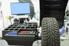 bigstock-image-of-tyre-fitting-machine--75916247.jpg